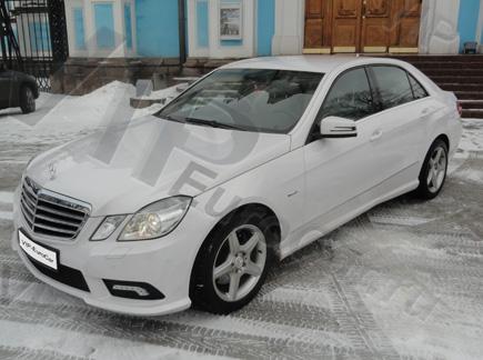 Арендовать Mercedes W212 с белым кузовом